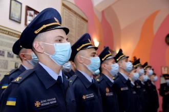 Курсанти ЛДУБЖД отримали погони молодшого сержанта служби цивільного захисту