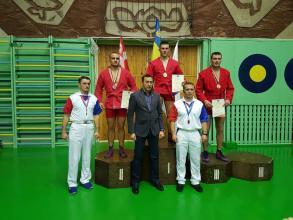 Петро Давиденко виборов золото на Кубку України з самбо