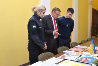 В Університеті  підведено підсумки конкурсу малюнків «Рятівник – професія героїчна»