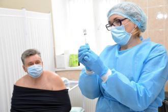 Розпочалась вакцинація співробітників ЛДУБЖД  від коронавірусної хвороби COVID-19