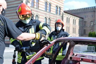 В Університеті проведено заняття з безпечного та належного використання пневматичного та гідравлічного аварійно-рятувального обладнання