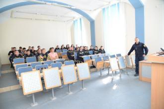 В Університеті відбулась зустріч курсантів із начальником відділення піротехнічних робіт  групи піротехнічних робіт та підводного розмінування