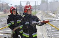 Практика, практика і ще раз практика: курсанти Університету вдосконалюють практичні навички з гасіння пожеж в резервуарах із нафтою та нафтопродуктами
