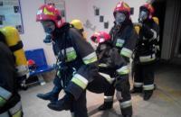 В навчальній пожежно-рятувальній частині Університету відпрацьовано практичне заняття з газодимозахисниками чергових караулів