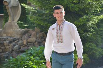 Львівський державний університет безпеки життєдіяльності одягнувся у вишиванки