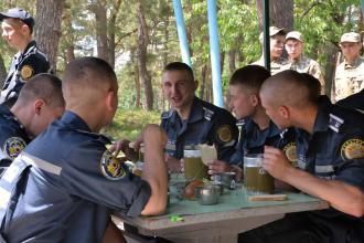 Курсанти 1-го курсу вирушили гартувати власну свідомість та фізичну витривалість під час табірного збору