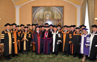 На засіданні Вченої ради ЛДУ БЖД  професора Кінгстонського університету доктора Флауерса було нагороджено дипломом Doctor Honoris Causa.